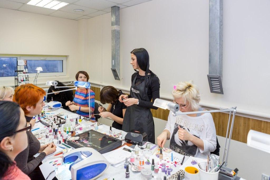 Алла Кравченко, наращиванеиногтей, обучение, курсы маникюра, учебный центр Виктори, курсы в Киеве